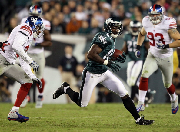 Eagles Rally for 19-17 Win Over the Giants