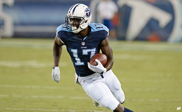 Eagles Acquire WR Dorial Green-Beckham from the Titans for OL Dennis Kelly