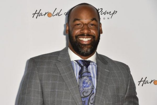 Donovan McNabb Thinks the Eagles Made a Big Mistake With Bradford and Wentz