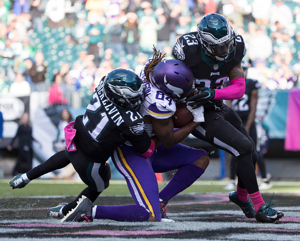 Eagles Hand Vikings First Loss to 2016; Top Minnesota 21-10